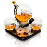 Whiskey carafe Globe 85 cl with 4 glasses and wooden tray