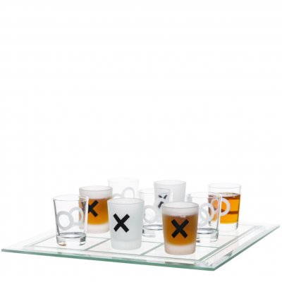 Drinking game Tic-Tac-Toe